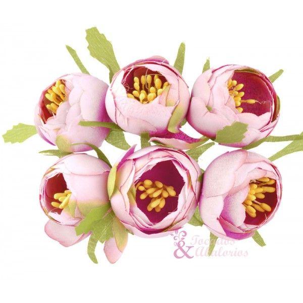 ¡Nos encantan las flores! ¿Qué mejor manera de adornar nuestro diseño? #floresparatocados #floresdetela 