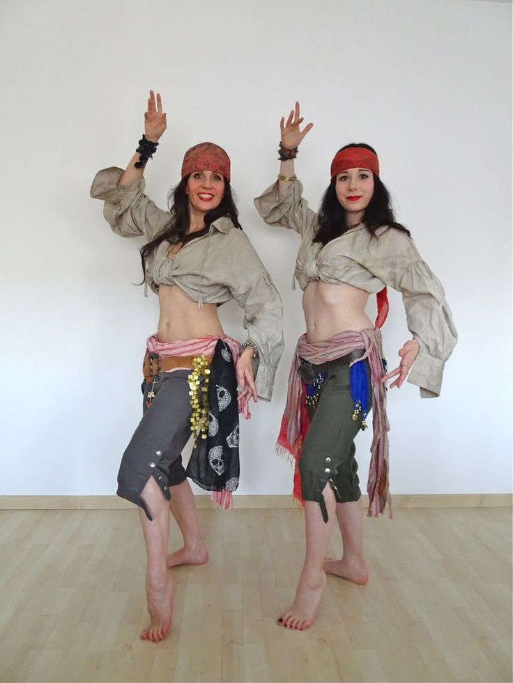Pirate belly dance. Costumes by Fairy-Tailor