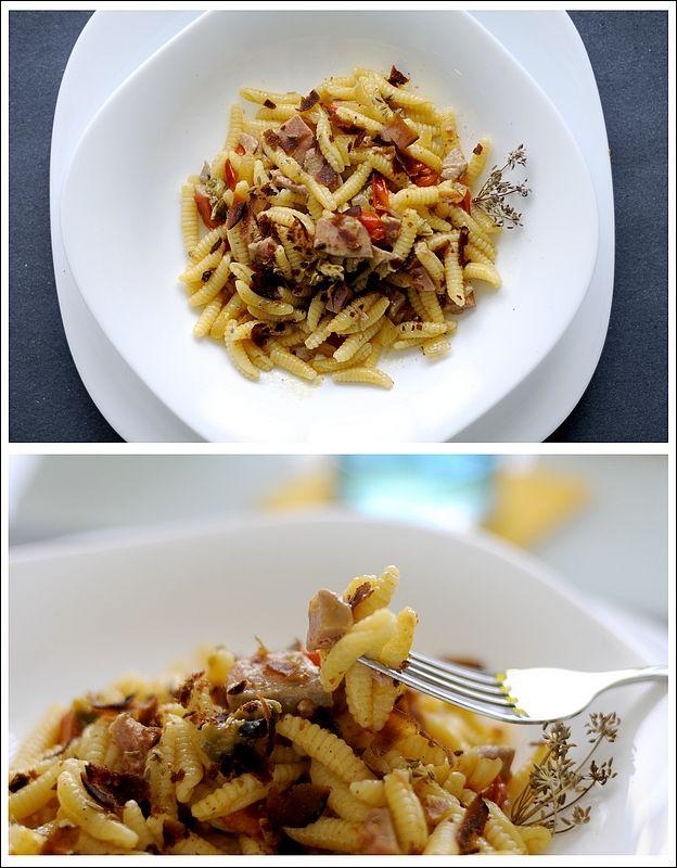 Malloreddus (Gnocchetti Sardi) con Tonno, Pomodorini, Capperi e Bottarga