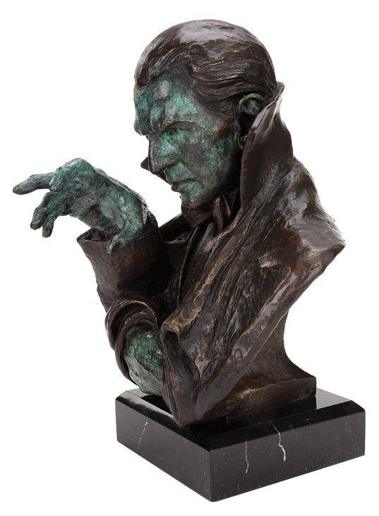 "Bela Lugosi as ""Dracula"" bronze sculpture by Henry : Lot 788"