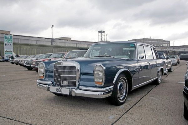 17 best images about mercedes 600 grosser on pinterest cars limo and classic mercedes. Black Bedroom Furniture Sets. Home Design Ideas