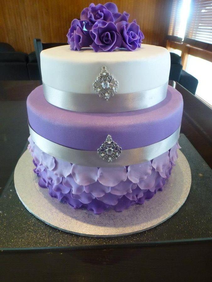 Venetian Masquerade — Round Wedding Cakes