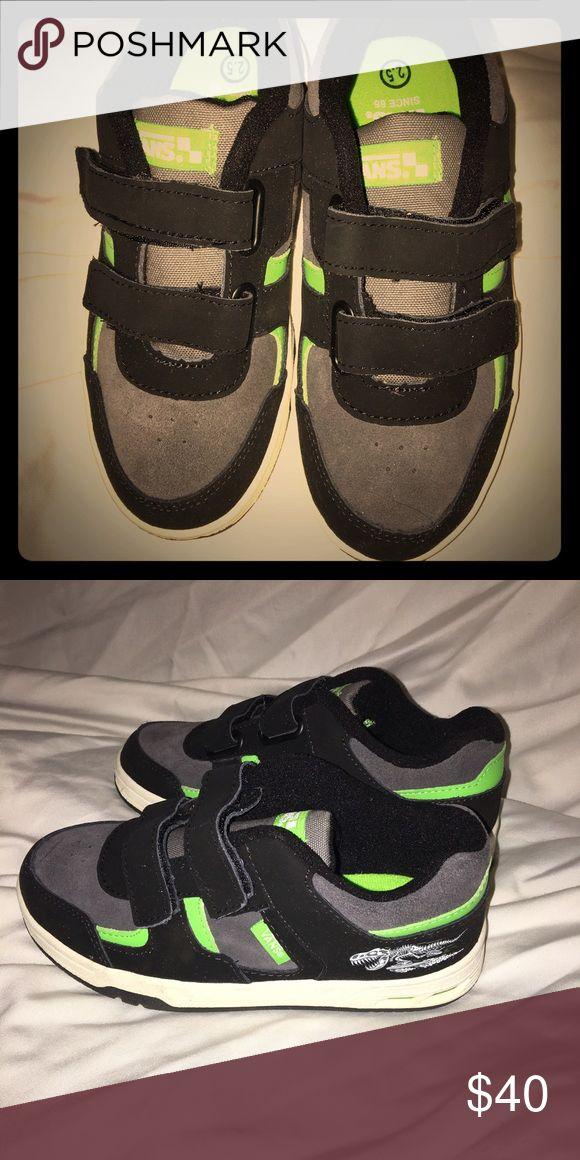 Boys vans 2 1/2.... Brand new Vans boys Velcro, techno,, never used taking any offers Vans Shoes Sneakers