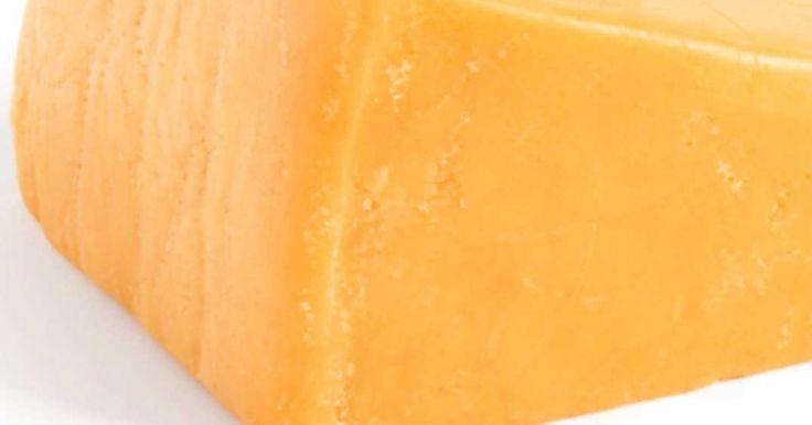 Tartinade de fromage cheddar «Cheez Whiz» maison