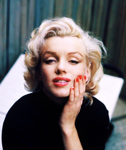 Marilyn Monroe.: Marilyn Monroe, Life Magazines, Red Nails, Marilynmonroe, Norma Jeans, Alfredeisenstaedt, Alfred Eisenstaedt, Photo, Hair