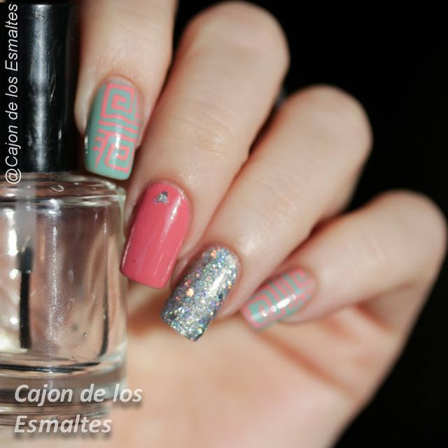 Glitter and tribal nail art Pink and Mint