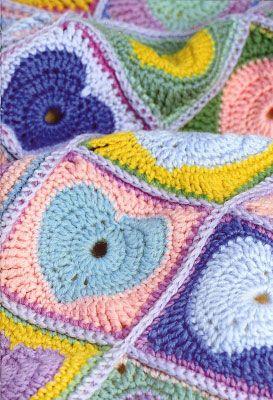 Как связать крючком одеяло с сердечками. Схема вязания.