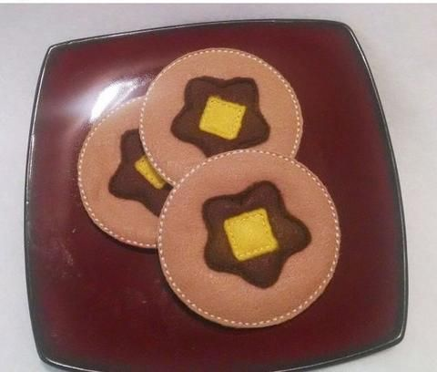 play food pancakes