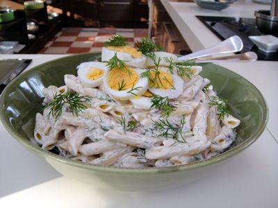 Μακαρονοσαλάτα με βραστά αβγά