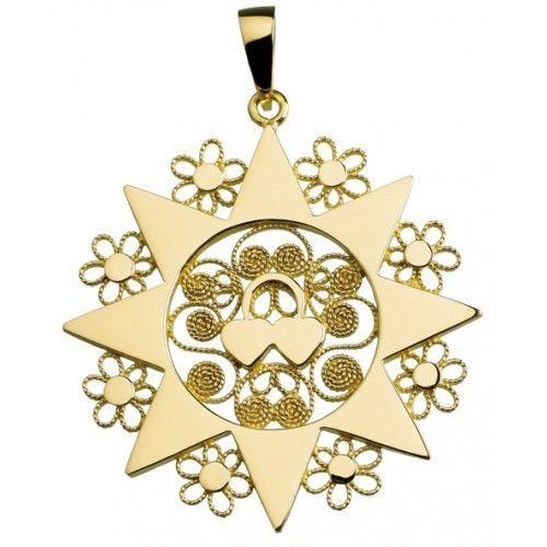 La #presentosa è un #gioiello #tradizionale #femminile #abruzzese, #generalmente in #oro o in #metallo #placcato oro #indossato dalle #donne nelle #occasioni di #festa.