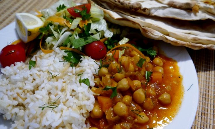 TURKISH CHICKPEA STEW. Give this recipe for Turkish Chickpea Stew a go - a fabulous dish that's been served up on family tables in Turkey and the Middle East for centuries. It's easy, tasty, healthy and goes well with a little rice and a seasonal salad...