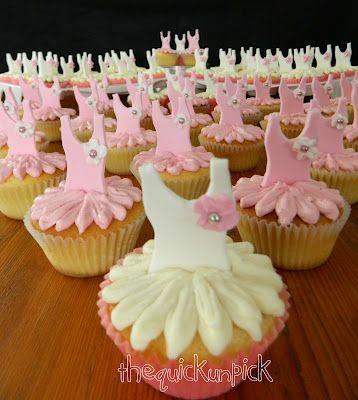 ballerina tutu cupcakes for ballet school celebration easy fondant bodice and buttercream skirt... so pretty!