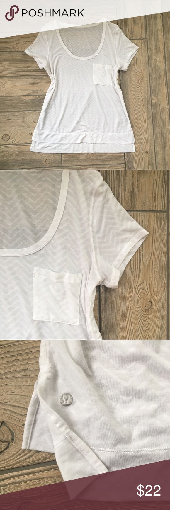 Lululemon Tee Shirt Pocket White Short Sleeve Lululemon Perfect Layer Tee Shirt Chevron Pocket White Short Sleeve Sheet Lightweight Size 6. lululemon athletica Tops Tees - Short Sleeve