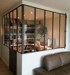 Sleek and impressive desk area #windows #interiors verriere angle atelier - Recherche Google