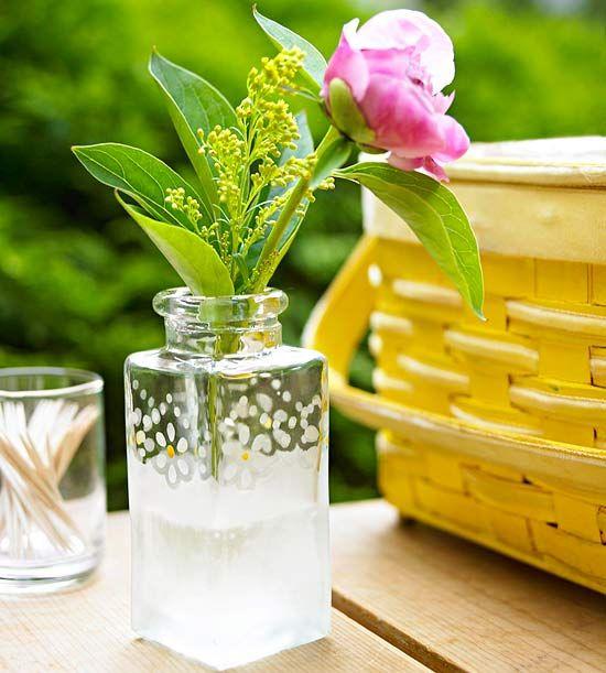 DIY etched glass bud vase: Diy'S Idea, Glasses Etchings, Etchings Idea, Etchings Vases, Decoration Idea, Crafts Idea, Glasses Crafts, Etchings Glasses, Diy'S Etchings