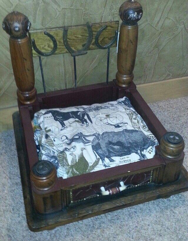 Cowboy dog or cat bed