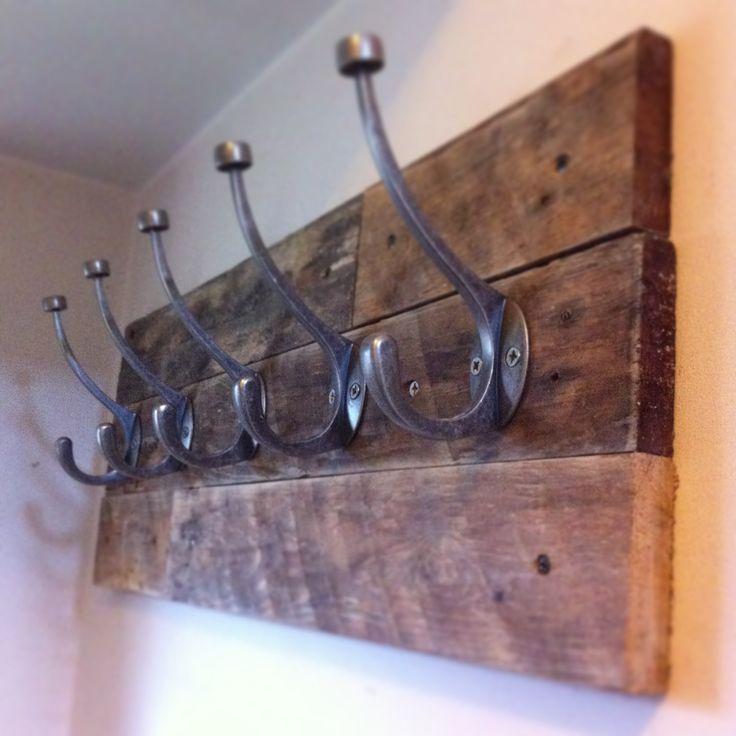 Pallet wood coat hook project