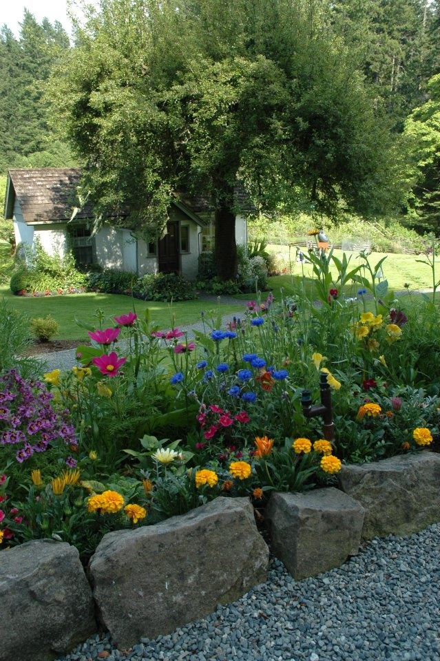 Relais & Chateaux - Hastings Country House Hotel is situated on the picturesque Salt Spring Island just off of Vancouver Island. Hastings House Country #relaischateaux #gardens #gardening #pinspiration