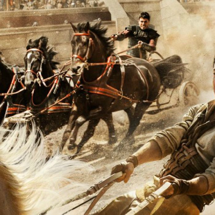 US movie star Morgan Freeman says there is no way anyone could accuse the Ben-Hur film remake of problematic racial casting.