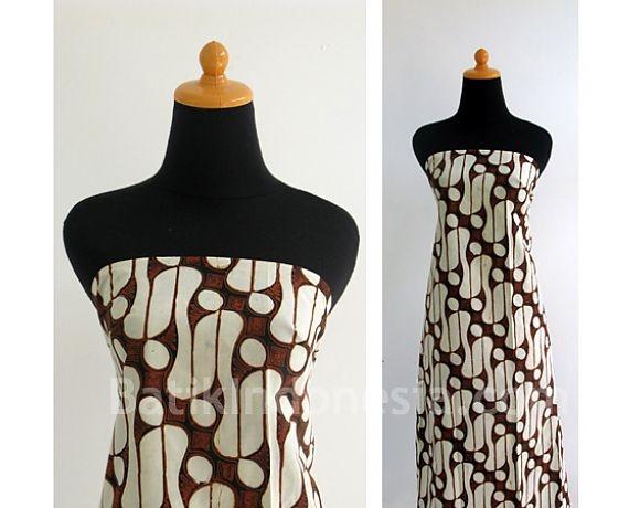 Batik Cap Jogjakarta Motif Parang Barong Sogan