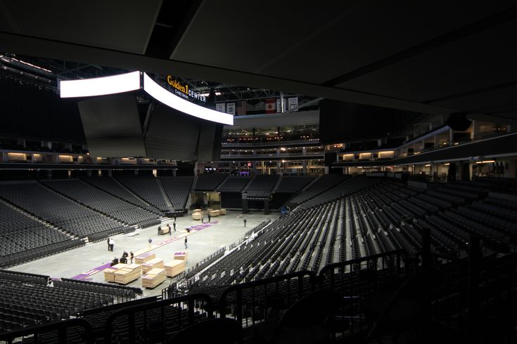 Gordon Incorporated Golden 1 Center Sacramento Ca Aluma Vault 3000 Wall Panels Ceiling Systems Wall Panel Systems Alpro Acoustical Systems Aeco