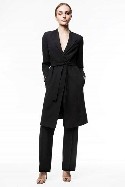 Bianca is a great above knee-length indoor and outdoor coat cut in our elegant woven crepe. - Stylein