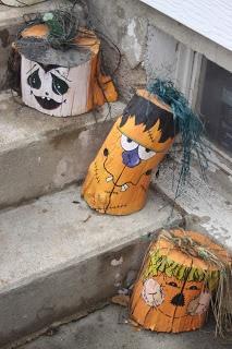 Stump Pumpkins   Crafts by Friends; could use styrofoam & paper mache?