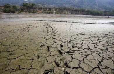 Primeros desplazamientos por el calor del fenómeno de El Niño, Según la Defensoría del Pueblo, 313 personas salieron de sus viviendas en el departamento de Bolívar por falta de agua.