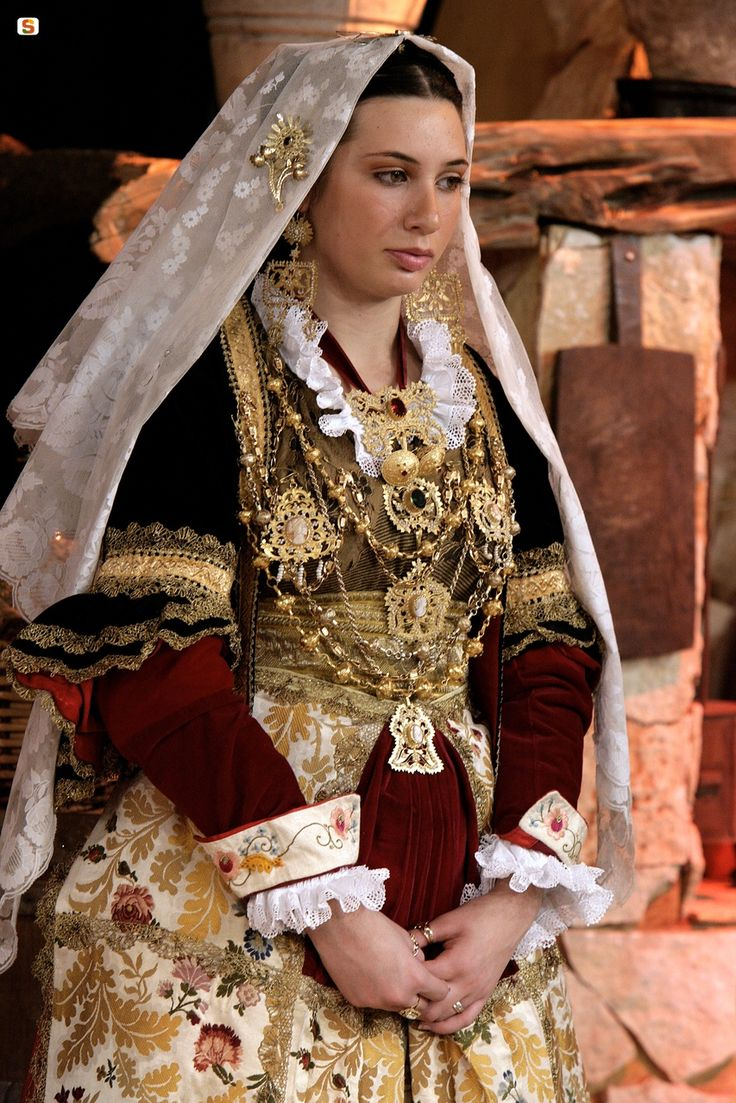Costume of Quartu Sant'Elena