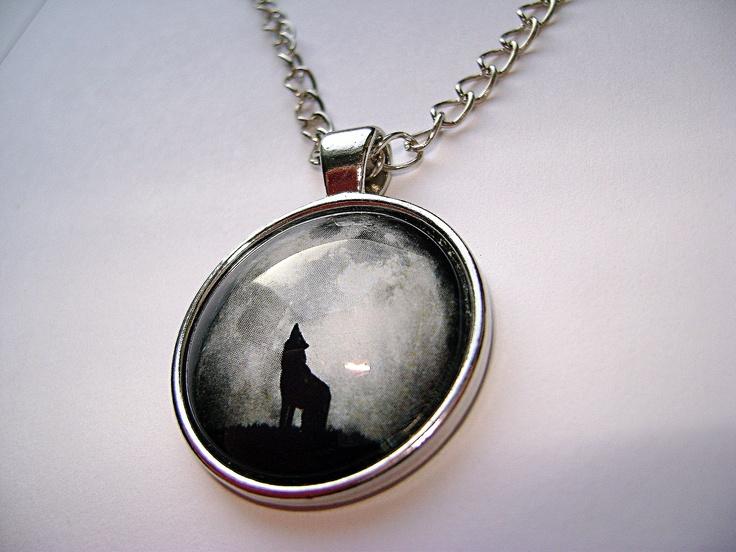 Lone wolf... // Samotny wilk...
