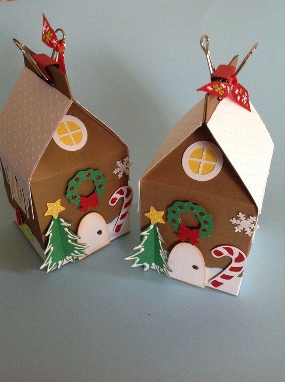 Crea una gran variedad de cajitas navideñas usando sólo un molde. Haz tus propias cajas navideñas de cartón, ideal para empacar dulces, chocolates, galletas, mazapanes y otras golosinas o pequeños regalos, sin duda un empaque original y personalizado. Son muy decorativas, por lo tanto, puedes usarlas para colgar del árbol o simplemente para colocarlas en …