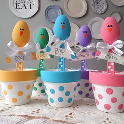These sweet little chicks are made from plastic spoons!