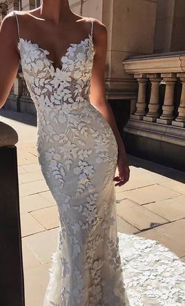 Enzoani Lesley, $1,600 Size: 8 | New (Un-Altered) Wedding Dresses