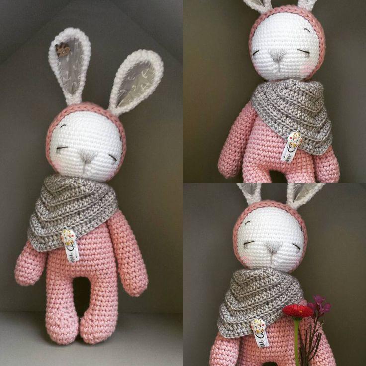 Wenn Sie einen kleinen schlafenden Hasen wollen, müssen Sie das Muster von Amanda Swann mischen.