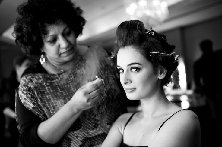 Everyone freeze!!!! Evelyn Sharma is here to blow your minds!
