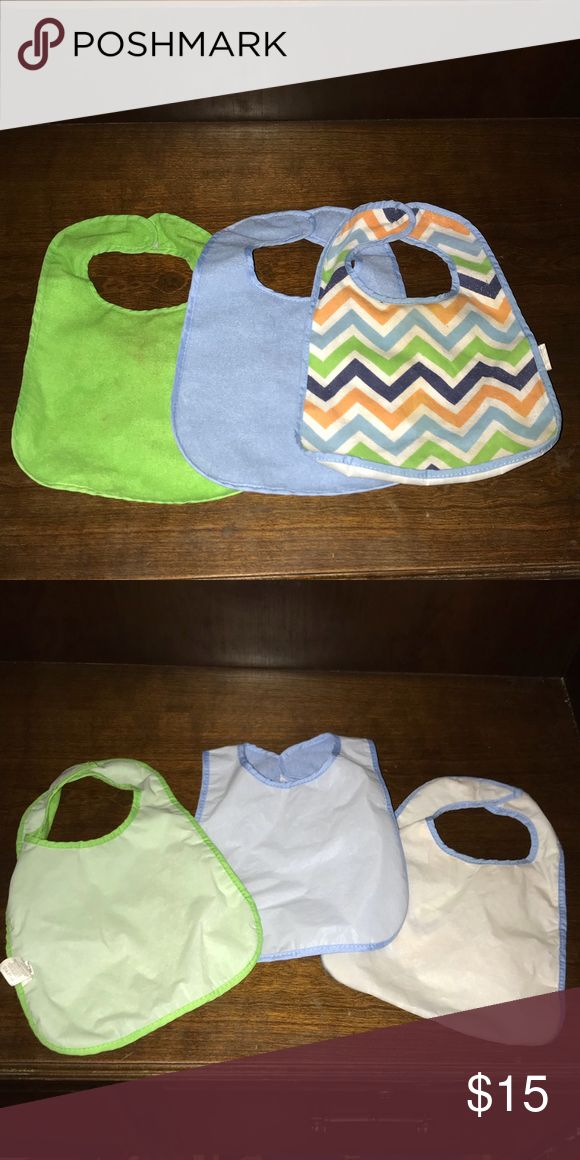 3 pack plastic back bibs. Plastic bibs, they have a cotton front but the back is a plastic material so they don't soak through. These were my favorite type of bibs to use with my babies.   BUNDLE FOR DISCOUNTED SHIPPING. Accessories Bibs