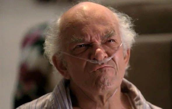 Mark Margolis as Hector Salamanca - high-ranking member of Juarez Cartel/ confined to his wheelchair