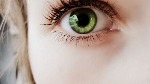 Mmm. Green eyes!