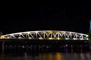 La ciudad de Hue, en Vietnam. http://www.vietnamitasenmadrid.com/2011/12/hue.html