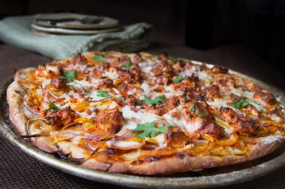 Tandoori Paneer Pizza  #Indian food this so tells me will find a chinese and japanese pizza