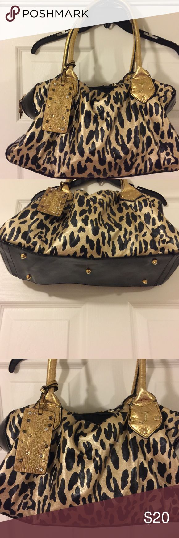Betsey Johnson Leopard purse Beautiful Betsey Johnson purse! This is a classic purse, never goes out of style! Perfect for late night outings to bars. Betsey Johnson Bags