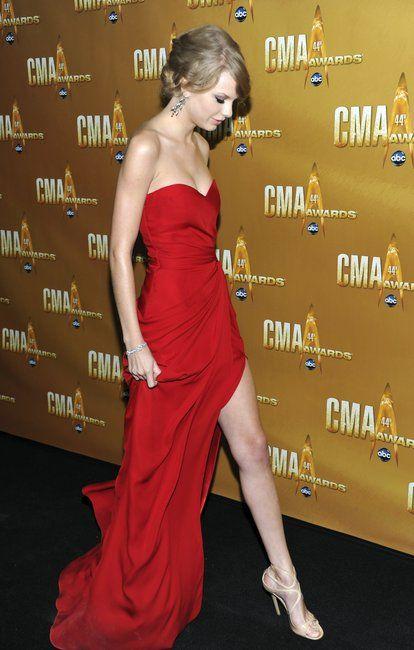 Taylor Swift wearing Lance at the 44th Annual CMA Awards November 10, 2010.
