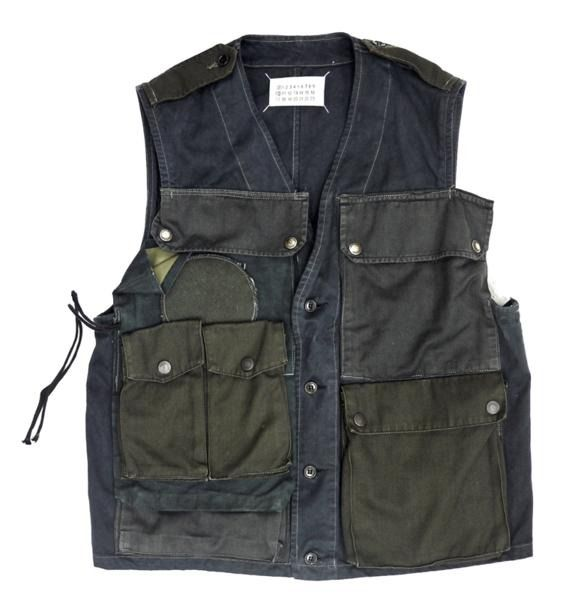 lacollectionneuse:  マルタンマルジェラ010/ミリタリーベスト/アーティザナル/11287 artisanal military patch pockets vest • martin margiela22,500円