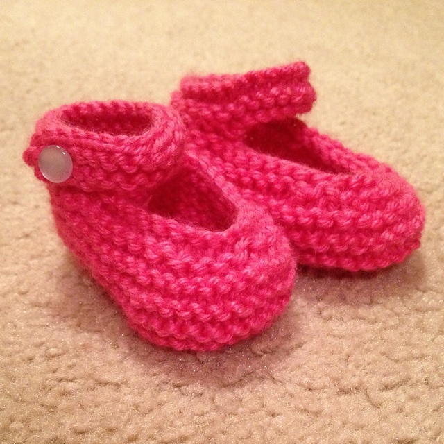 Knitting Pattern Felted Baby Booties : 71 best images about Knitted Slippers & Booties on Pinterest Felted sli...