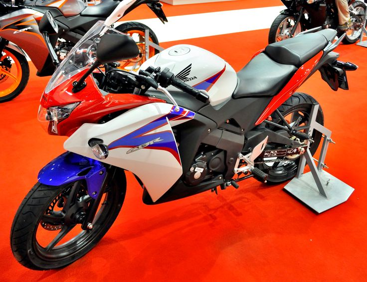 Cool File 2011 Blue Red White Honda Cbr125r Motosalonjpg
