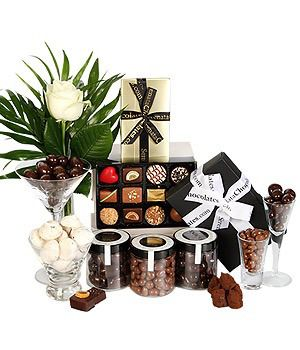 Best 25 chocolate hampers uk ideas on pinterest sweet hampers best 25 chocolate hampers uk ideas on pinterest sweet hampers uk carnation fudge and easy sweets recipes with milk negle Image collections