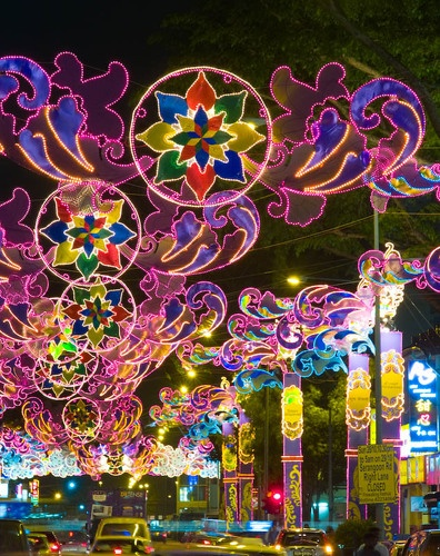 Festival of Lights, Singapore  by espion