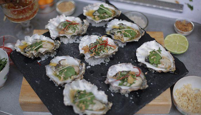 Soy, Ginger, Kumquat & Gin Oysters http://gustotv.com/recipes/lunch/soy-ginger-kumquat-gin-oysters/
