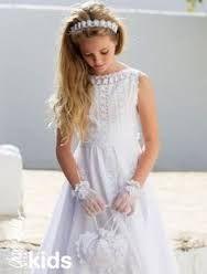 Resultado de imagen para vestidos de comunion sencillos de broderie