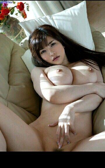 Young amateur masturbation